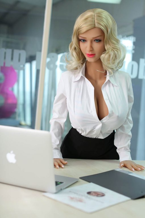 poupée climax real love dolls silicone sexuelle sex doll realiste adulte taille reelle 4 510x765 - Cloe 160 rondelette CLIMAX DOLL