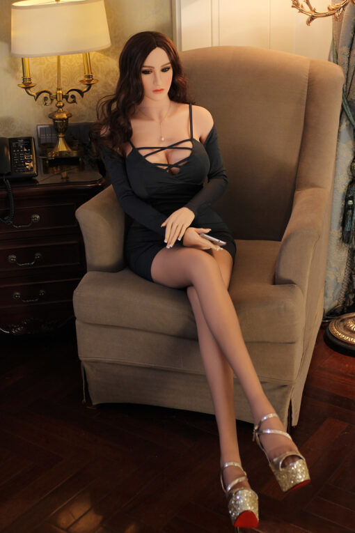poupée maiden doll real love dolls silicone sex doll realiste adulte taille reelle 66 510x765 - Poupee sexuelle Betty 165