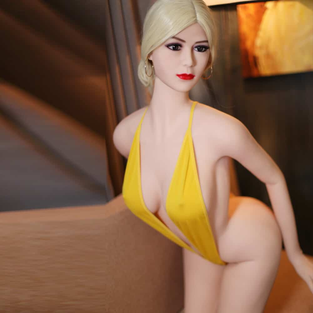 SY Doll May 165cm Poupée Sex Doll Petits Seins 1 - Sex doll en france Adopte une doll