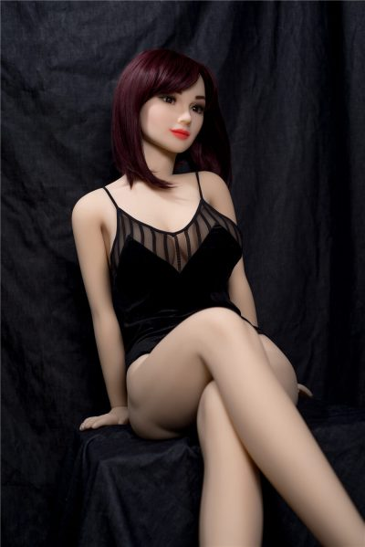 love doll Irontech 157cm Hellen 1 400x599 - Sex doll IronTech Apolline 157