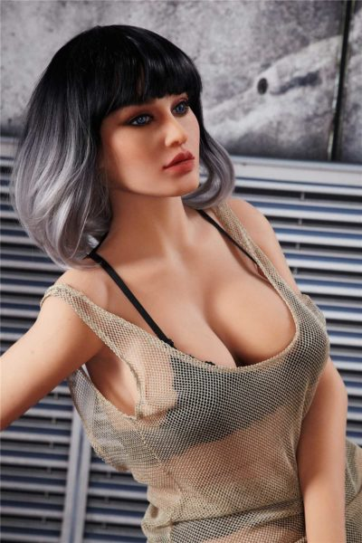 love doll irontech 170cm Yael 1 400x600 - Sex doll IronTech Kelsie 170